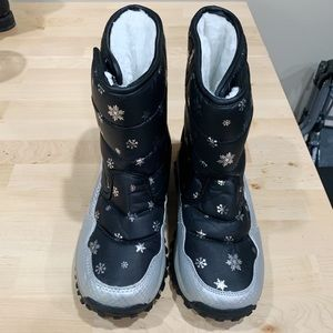 Girls Coga Winter Boots